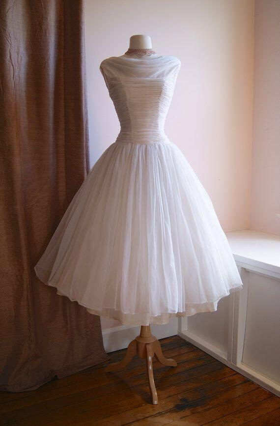 New Vintage 1950s Wedding Dresses O