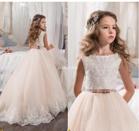 Custom Made Flower Girl Dresses for Wedding Blush Pink Princess Tutu Sequined Appliqued Lace Bow 2017 Vintage Child First Communion Dress