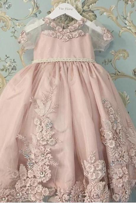 2017 Blush Pink O Neck Appliqued Lace Beaded 3D Flowers Short Sleeve Little Girl Pageant Dresses