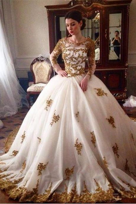 Tulle Gold Lace Applique Ball Gown Wedding Dresses Muslim Scoop Neck Long Sleeves Illusion Zipper Back Bride Gowns