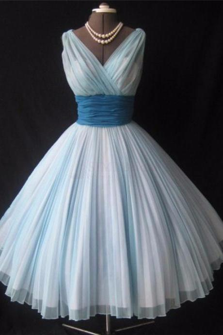 The Latest Short Homecoming Dresses V-Neck Ball Gown Tulle Homecoming Dresses 2020 Sleeveless Sashes Knee Length Party Dresses