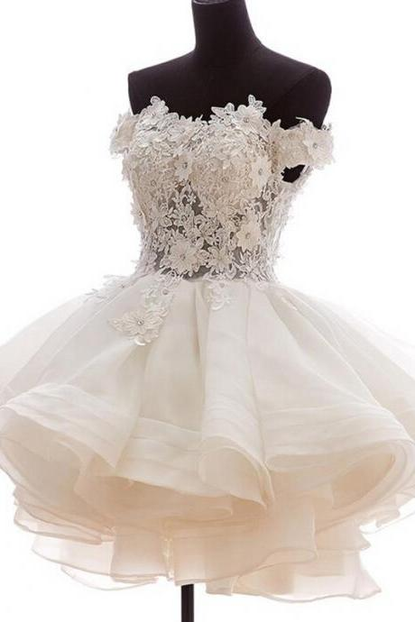Romantic White Lace Homecoming Dresses Off Shoulder Beaded Appliques Short Ball Gown Prom Dress