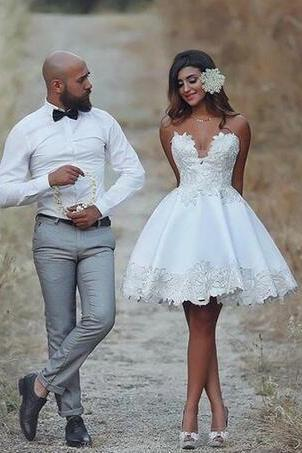 2018 Short Ball Gown Wedding Dress Knee Length Applique Informal Wedding Gowns Lace Vestido De Novia Vintage Brazil Bride Reception Dresses