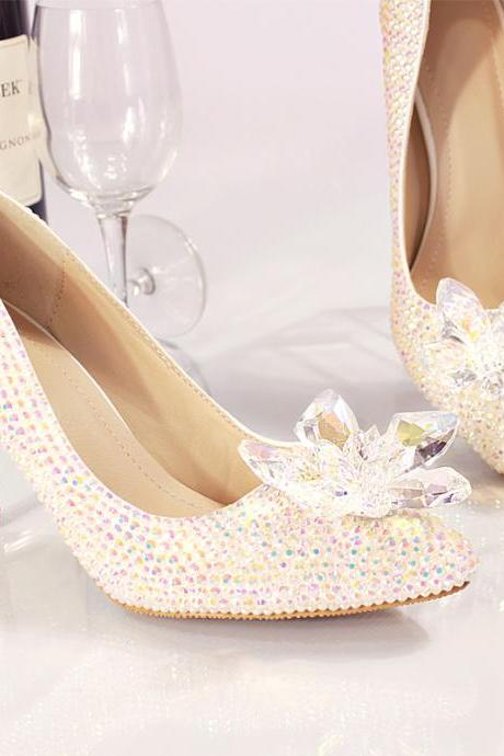 2019 In Stock Sparkle Pearls Princess Wedding Heels Women Pumps 10cm High Heels Wedding Bridal Shoes Crystals Lace Pointed Toe High Heels