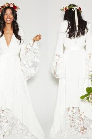 Simple Bohemian Counrtry Wedding Dresses Long Sleeves Deep V Neck Floor Length Summer Boho Hippie Beach Western Bridal Wedding Gown