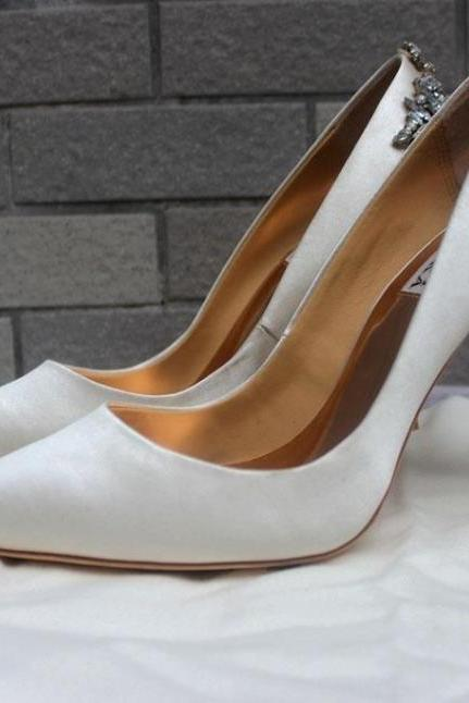 new arrival bridal shoes Ivory genuine leather wedding shoes heels silk pump shoes for wedding prom evening
