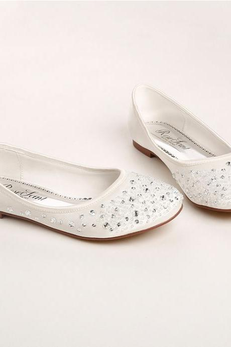 Diamond Embellished Rounded Toe Ballerina Flats