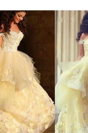 Yellow A-line Evening Dresses Off the Shoulder Lace Appliques Sequins Beads Layers Skirt Floor Length Party Prom Gowns