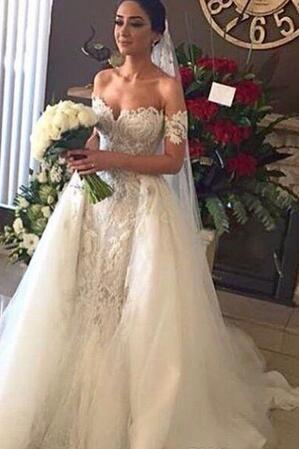 Lace Bridal Gowns with Detachable Tulle Overskirt and detachable Short Sleeves Beaded Over Nude Color Wedding Dresses