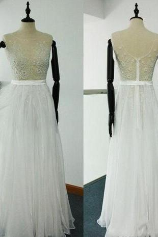 Sheer Sleeveless Lace Appliqués Tulle A-line Floor-Length Beach Wedding Dress