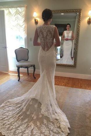 2018 Lace Trumpet Beach Wedding Dresses Sleeveless Bateau Neck with Button Back detail Sweep Train Bridal Gowns