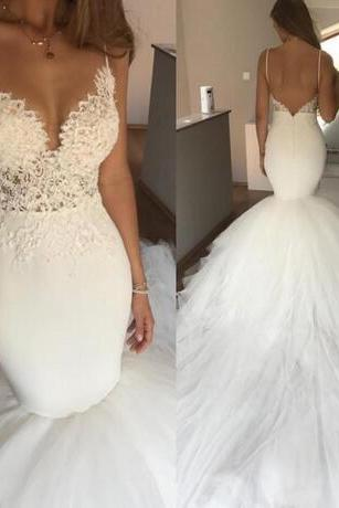 Boho Backless Wedding Dresses Bohemia Spaghetti Straps Lace Appliques Deep V neck Mermaid Wedding Dress Tulle Long Train Beach Bridal Gowns
