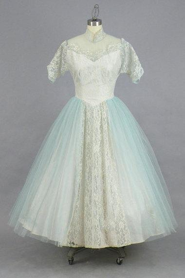 Vintage 1950s Prom Dress, 50s Dress, Powder Blue Tulle and Lace Formal Cinderella Party Dress