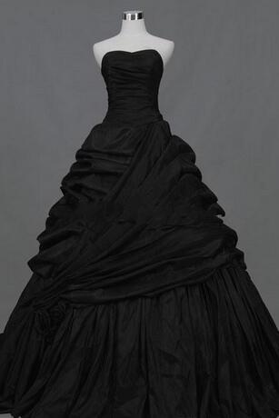 new design black taffeta A-line Strapless Actual Images Pleated Ruffle Taffeta Floor Length gothic victorian black Wedding Dresses