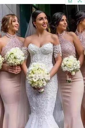 2018 Blush Mermaid Bridesmaid Dresses with Halter Neckline Sleeveless Floor Length Beadeds Appliques Trumpet Pink Prom Party Gown