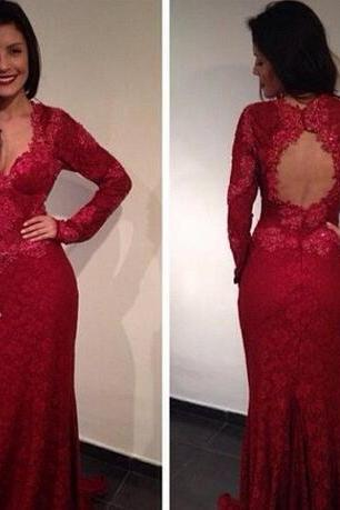 Vintage Dark Red Lace Arabic Evening Dresses Mermaid V Neck Long Sleeves Open Back Sexy Prom Dress Appliques Formal Party Gown