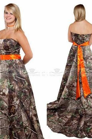 2018 Sexy Backless Strapless A-Line Camo Wedding Dresses Bandage Back Chapel Train Bridal Gowns Custom Online Camouflage Real Tree