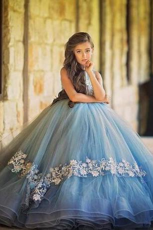 2018 New Arrival Ice Blue Girls Pageant Dresses Handmade Flowers Tiered Tulle Kids Wedding Gowns Pageant Dress for Girls Kids Prom Dresses