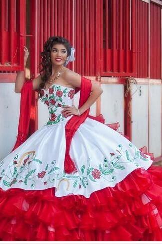2018 New hite And Red Tiered Draped Embroidery Quinceanera Dresses Ball Gown with Lace-Up Floor Length Prom Party Debutante Sweet 16 Gowns
