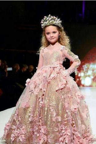 Blush Gold Sequined Ball Gown Girls Pageant Dresses Long Sleeves Toddler Flower Girl Dress Floor Length 3D Appliques First Communion Gowns