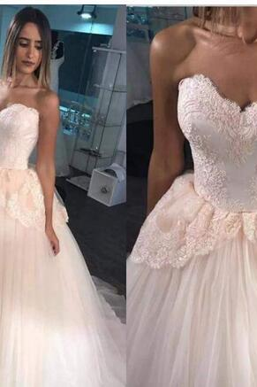 Quinceanera Dresses 2018 Ball Gown Sweetheart Sleeveless Lace With Appliques Simple Design Tulle Custom Made Evening Gowns Prom Dresses