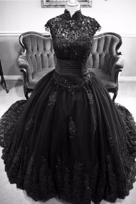 2016 Black Wedding Dress Cap Sleeve Appliques Floor Length Count Train Pearls Gothic Bridal Gowns robe de mariage High Quality