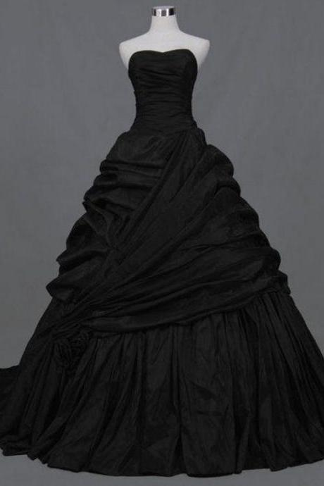 2016 Black Gothic Wedding Dresses Bridal Ball Gowns Sweetheart Draped Wedding Gowns