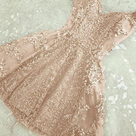 2018 Champagne A Line Tulle Homecoming Dresses Spaghetti Straps Lace Mini Short Cocktail Dress Graduation Gowns